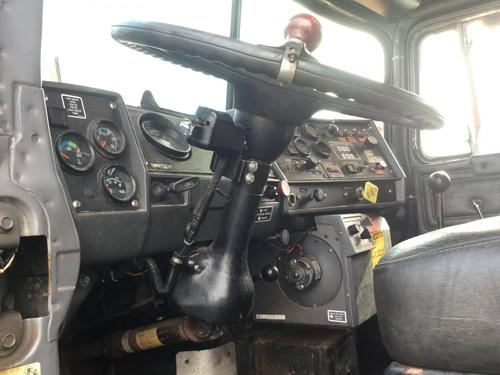 MACK RD600 Steering Column