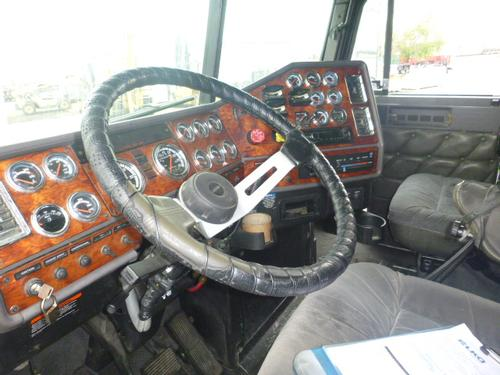 FREIGHTLINER FLD132 CLASSIC XL Steering Column