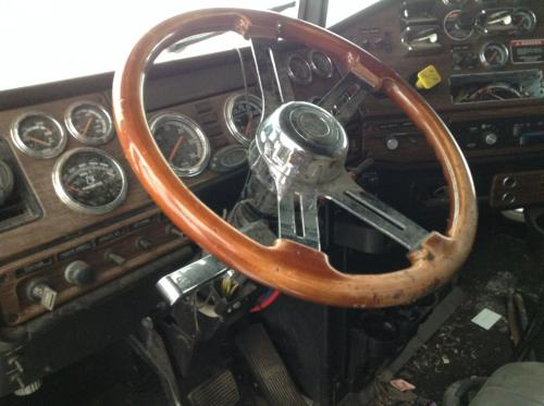 FREIGHTLINER CLASSIC XL Steering Wheel