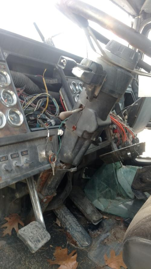 KENWORTH W900 Steering Column