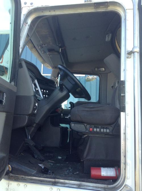 KENWORTH T660 Steering Column