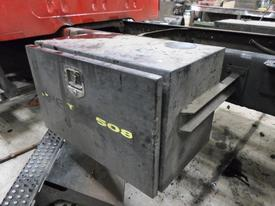 INTERNATIONAL 4700 Tool Box