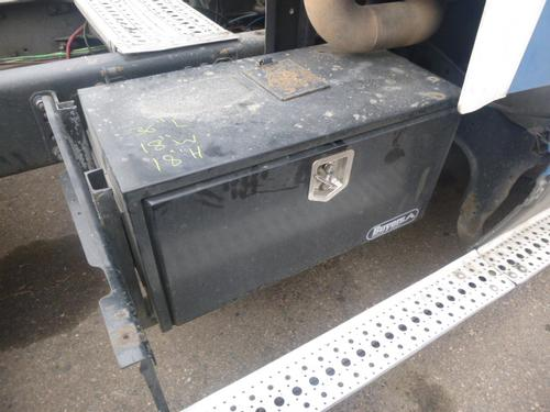 FREIGHTLINER COLUMBIA 112 Tool Box