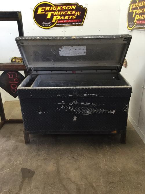 TRAIL - EZE Lowboy Tool Box