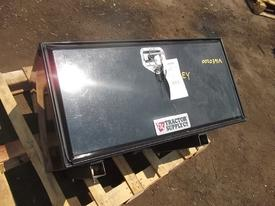 FREIGHTLINER FLD120 CLASSIC Tool Box