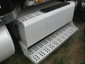 FREIGHTLINER CLASSIC Tool Box