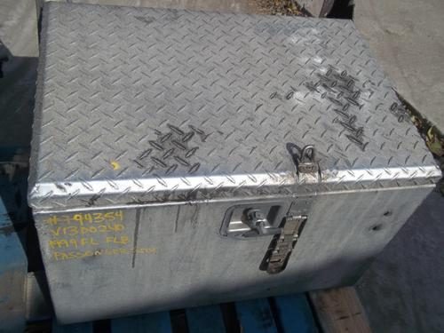 FREIGHTLINER FLB Tool Box