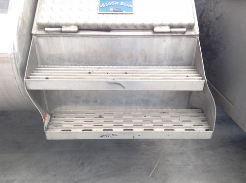 FREIGHTLINER CLASSIC XL Tool Box
