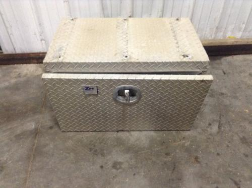 FORD LCF55 Tool Box