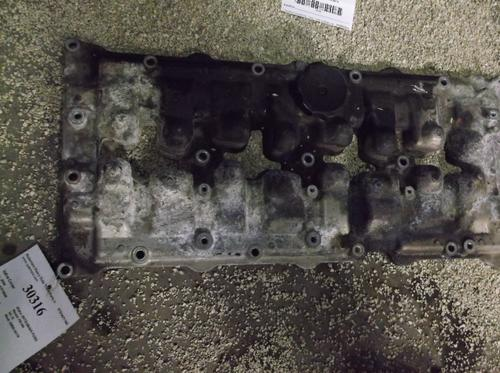 MITSUBISHI 4M50-3AT8 Valve Cover