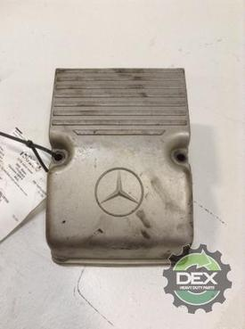 FREIGHTLINER CL120 Valve Cover