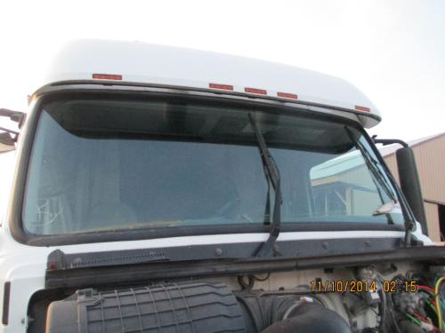 VOLVO VNL Windshield Glass