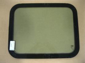 FREIGHTLINER CASCADIA Windshield Glass
