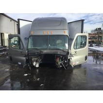 LKQ Western Truck Parts CAB FREIGHTLINER CASCADIA 125