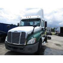 LKQ Heavy Truck - Tampa WHOLE TRUCK FOR RESALE FREIGHTLINER CASCADIA 125