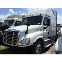 LKQ Texas Best Diesel WHOLE TRUCK FOR RESALE FREIGHTLINER CASCADIA 125