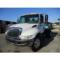 LKQ Heavy Truck - Tampa WHOLE TRUCK FOR RESALE INTERNATIONAL 4300