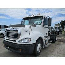 LKQ Heavy Truck - Tampa WHOLE TRUCK FOR RESALE FREIGHTLINER COLUMBIA 120