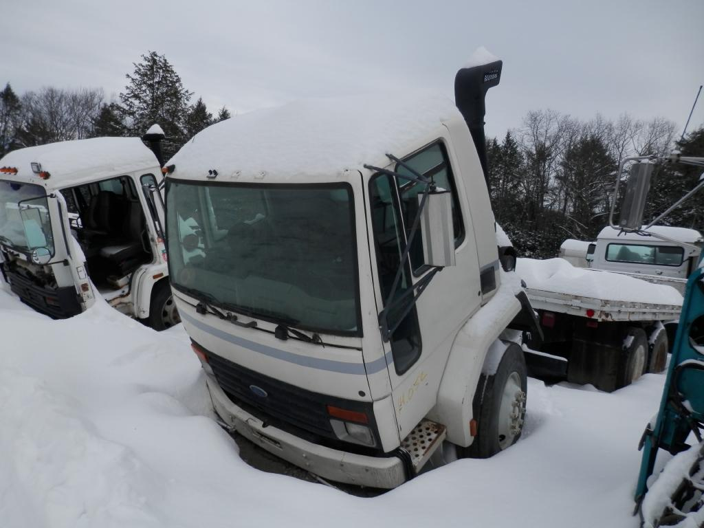 1997 FORD CF8000 CAB TRUCK PARTS #586801