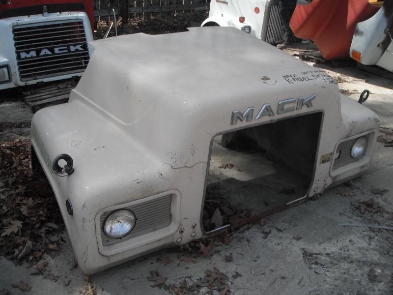 1982 MACK R MODEL HOOD TRUCK PARTS #584823