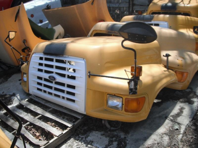 1995 FORD F700 HOOD TRUCK PARTS #584830