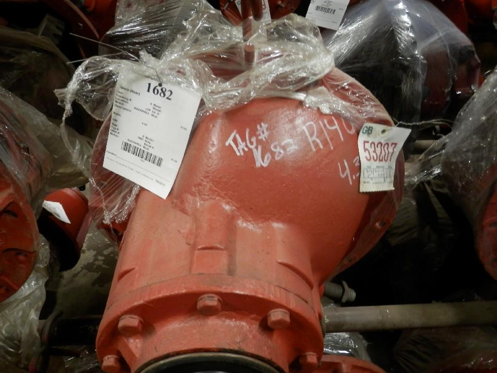 ROCKWELL R140 REARS TRUCK PARTS #585440