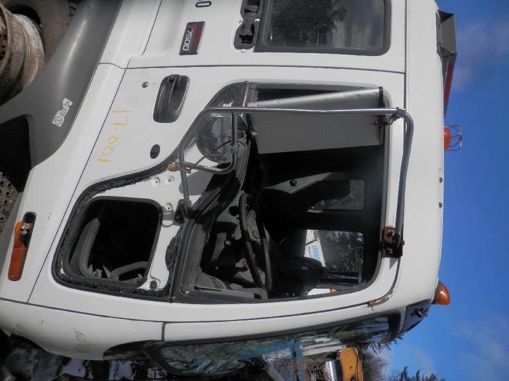2005 GMC T7500 DOOR TRUCK PARTS #584980