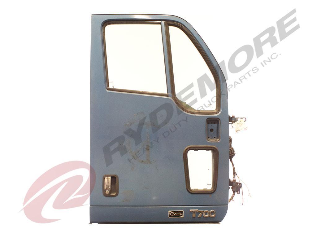 2011 KENWORTH T700 DOOR TRUCK PARTS #604402