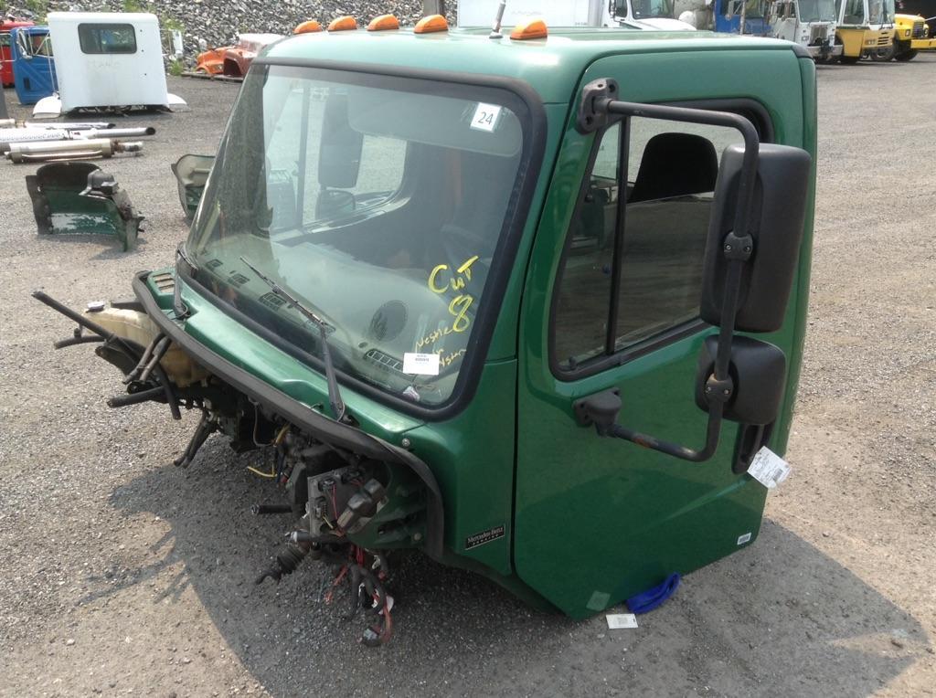 2009 FREIGHTLINER M2 106 CAB TRUCK PARTS #667195