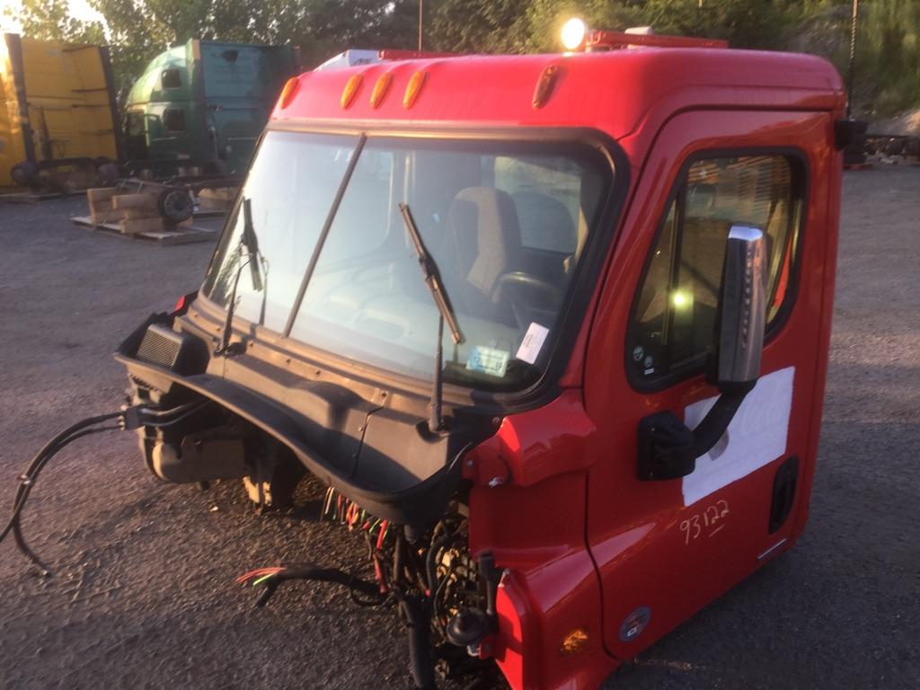 2011 FREIGHTLINER CASCADIA 125 CAB TRUCK PARTS #667201