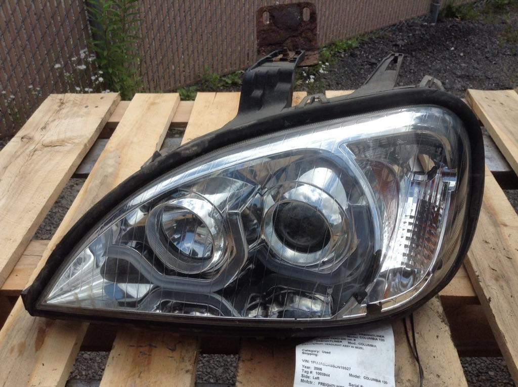 2005 FREIGHTLINER COLUMBIA HEADLAMP ASSEMBLY TRUCK PARTS #757405
