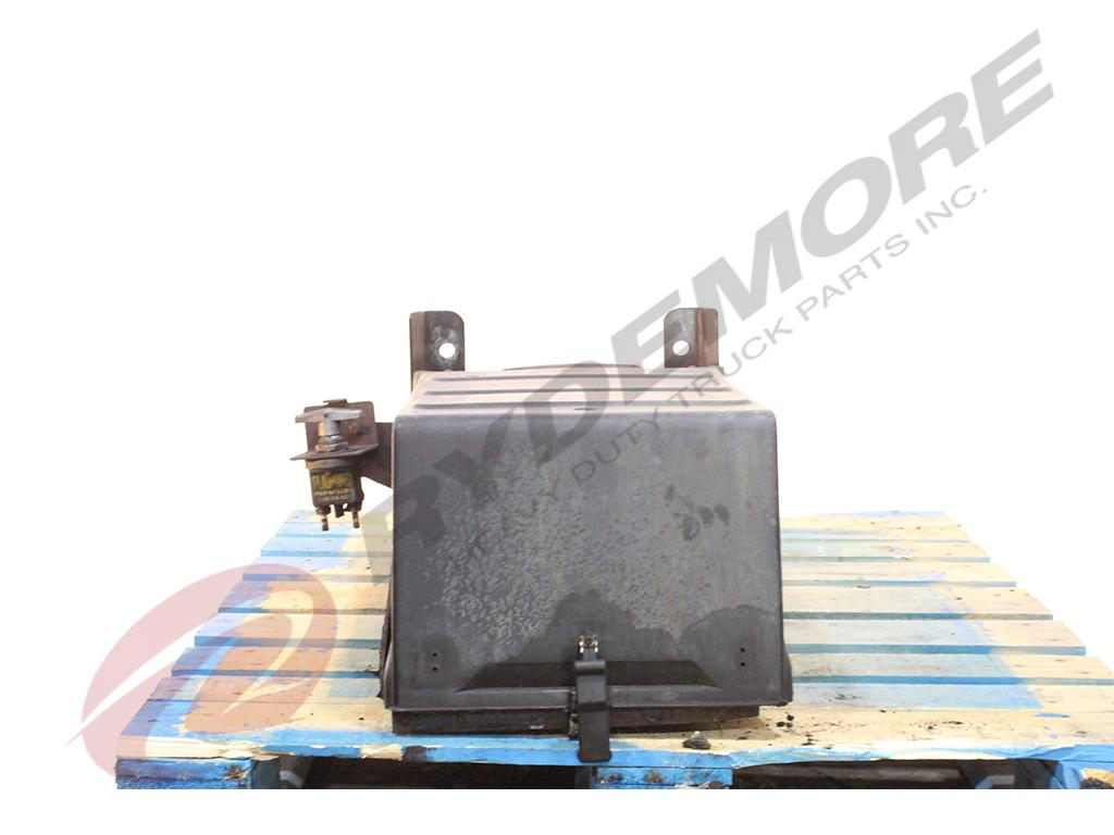 2007 FREIGHTLINER M2 BATTERY BOX TRUCK PARTS #748653