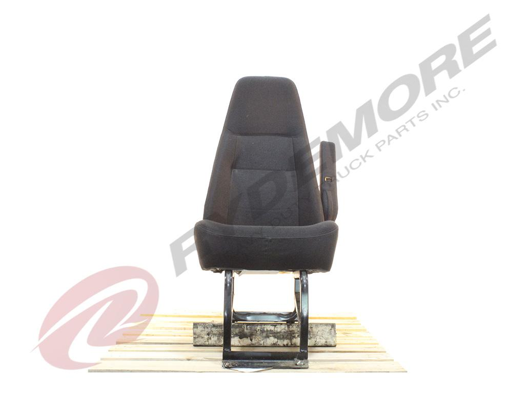 2011 FREIGHTLINER M2 SEAT TRUCK PARTS #748690