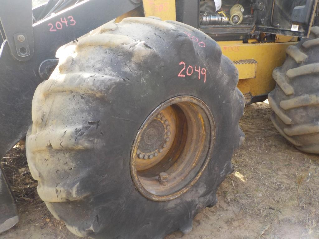 CATERPILLAR 28X1X26 20 LUG
