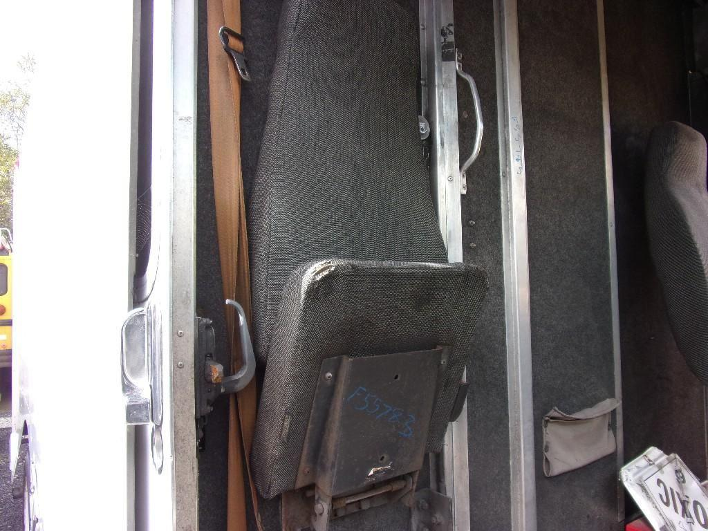 2000 FREIGHTLINER MT45 CHASSIS CAB TRUCK PARTS #682501