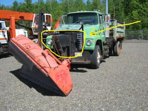 Unknown Front plow mount/lift kit Equipment (Mounted)