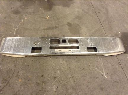 MACK RD690S Bumper Assembly, Front