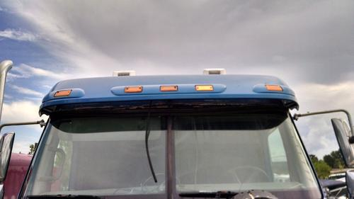 FREIGHTLINER COLUMBIA Windshield Glass