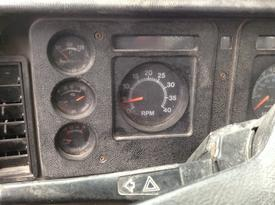 INTERNATIONAL S1700 Instrument Cluster