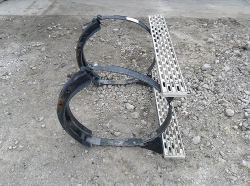 INTERNATIONAL 9400 Fuel Tank Strap/Hanger