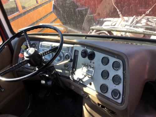 FORD LA8000 Dash Assembly