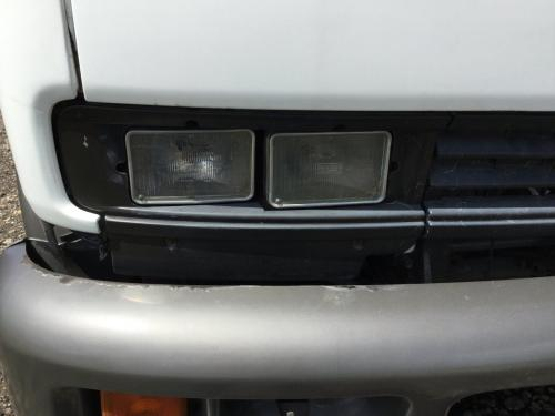 CHEVROLET T6500 Headlamp Assembly