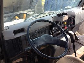 INTERNATIONAL 8200 Dash Assembly