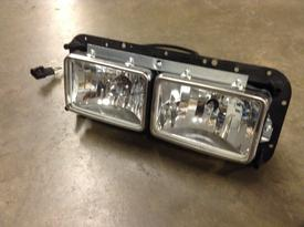 WESTERN STAR TRUCKS 4900 Headlamp Assembly