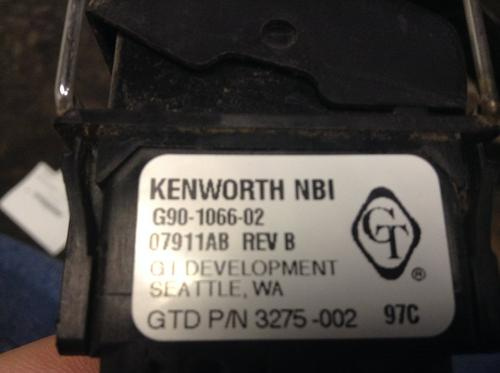 KENWORTH T660 Dash / Console Switch
