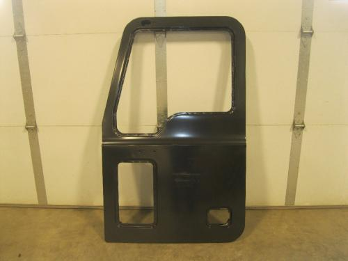 MACK GRANITE Door Assembly, Front