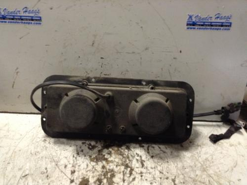 KENWORTH T600 Headlamp Assembly