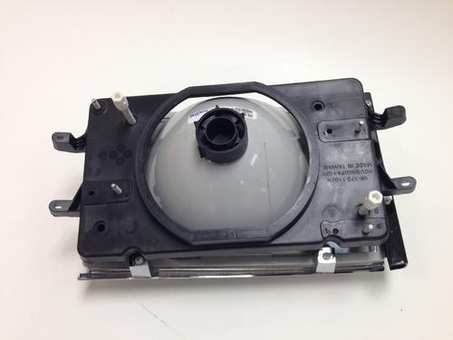 VOLVO WIA Headlamp Assembly