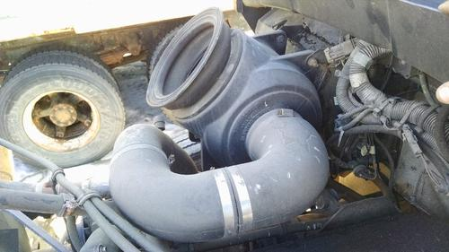 KENWORTH T300 Air Cleaner