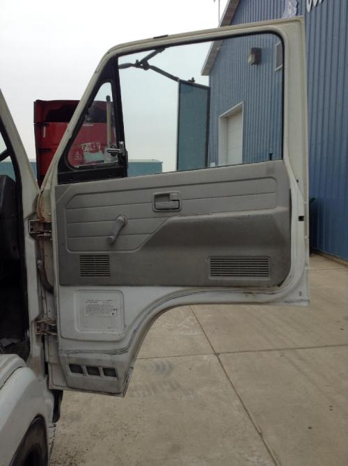 CHEVROLET W5 Door Assembly, Front